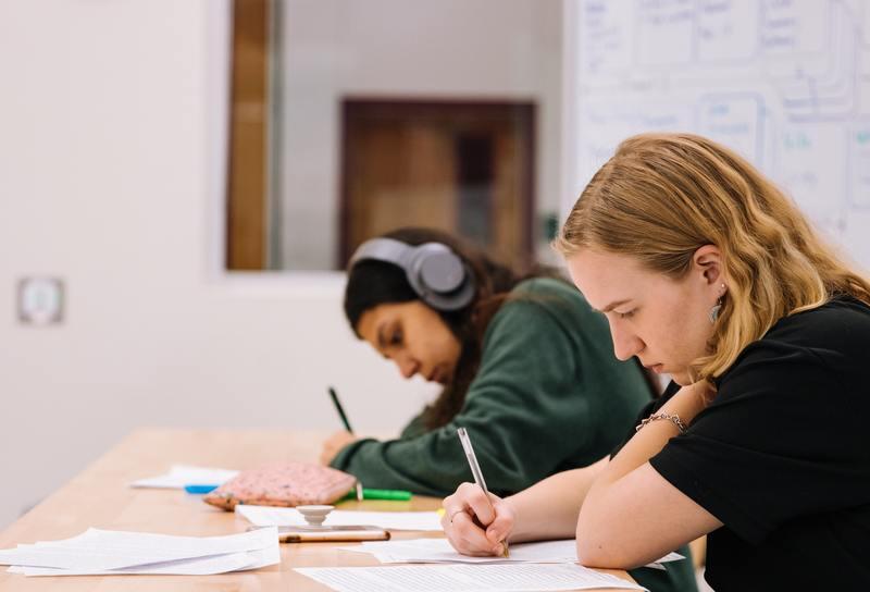 exam-preparation-test-platform-for-a-publishing-company